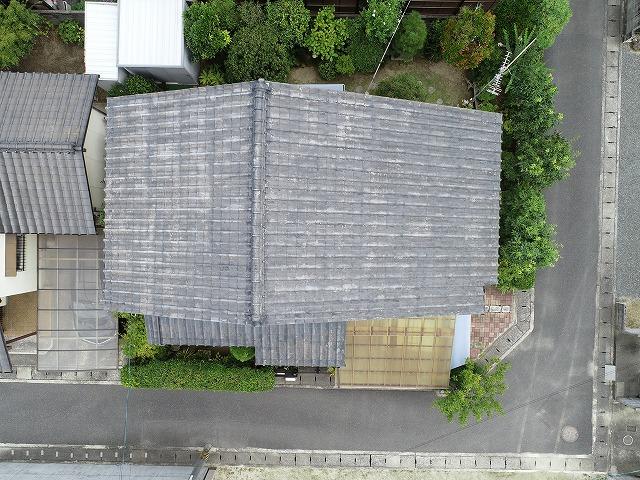 岡山市中区、塗膜剥離が発生しているセメント瓦の調査をしました